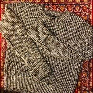 New Kenneth Cole knit sweater